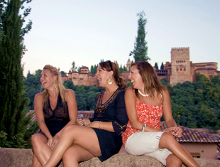 Girls in front of the Alhambra