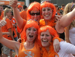Queensday girls